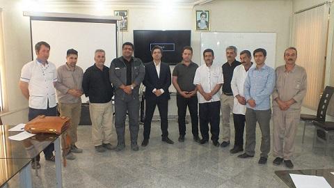 برگزاری دوره فنون پذیرایی و تشریفات در شرکت شیشه قزوین