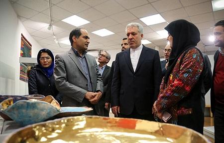 سومین نمایشگاه جشنواره فجر صنایع دستی و هنرهای سنتی